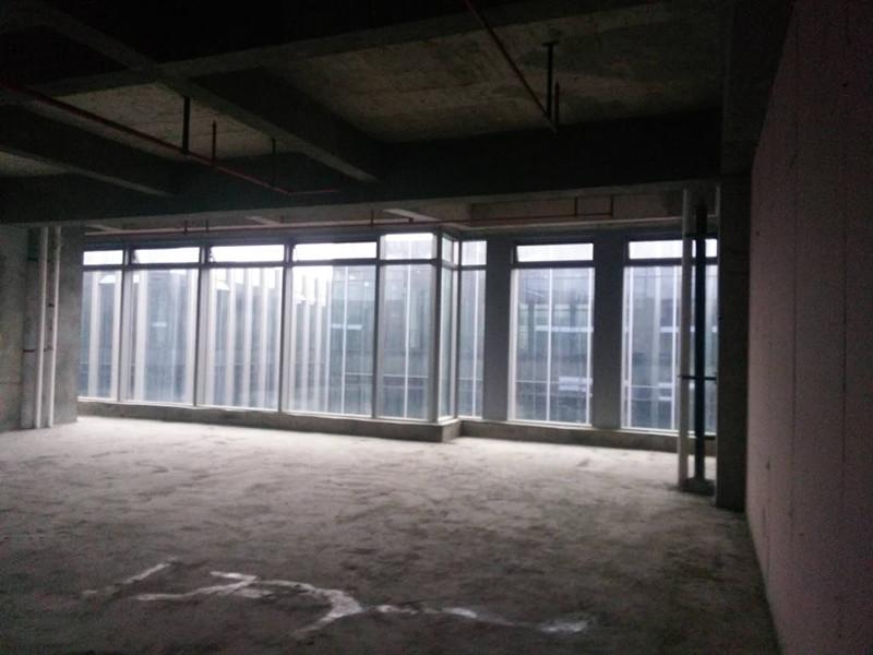 上海中骏广场办公室施工阶段