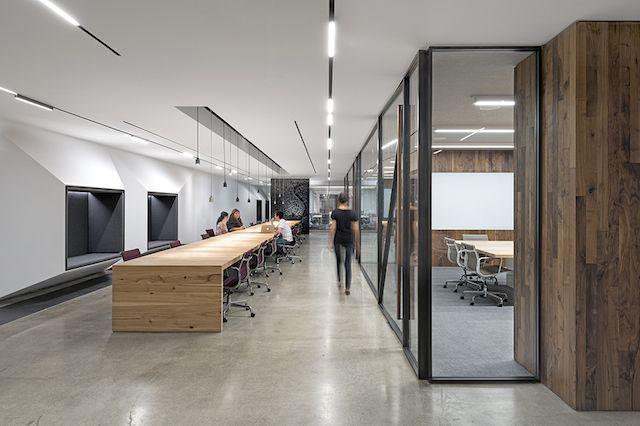 现代劳公室设计说明200字