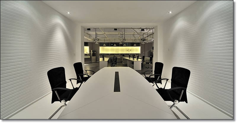 大型办公室装修照明设计